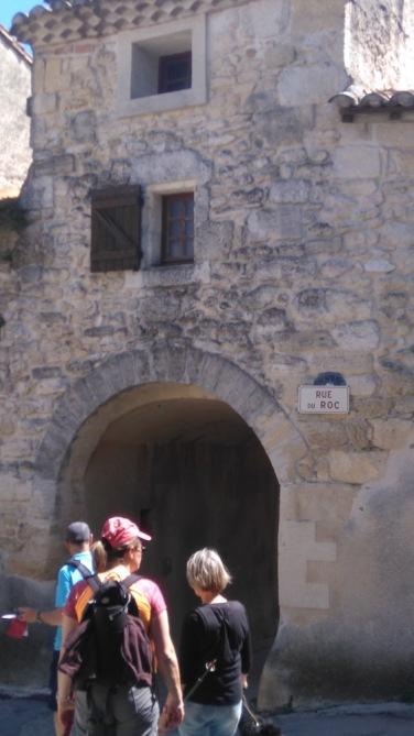 La pierre est partout, même dans le nom des rues.