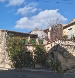 Une maison dans Aujargues.
