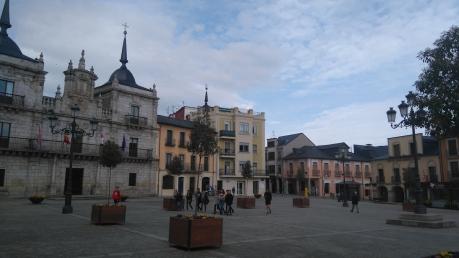 La place de l'Hôtel de ville...