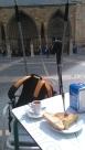 Pause tortilla sur la place de la cathédrale