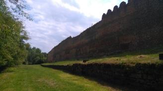 Les remparts dans la partie la mieux conservée, au nord de la ville