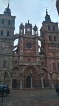 La cathédrale d'astoria à 7h du matin (et non le ciel n'est pas bleu)
