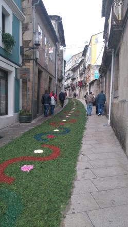 La grand rue de Sarria ce dimanche